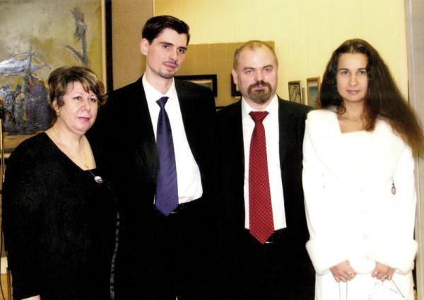Петр Козорезенко. ЦДХ.2003г.